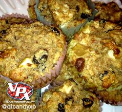 apple raisin muffin